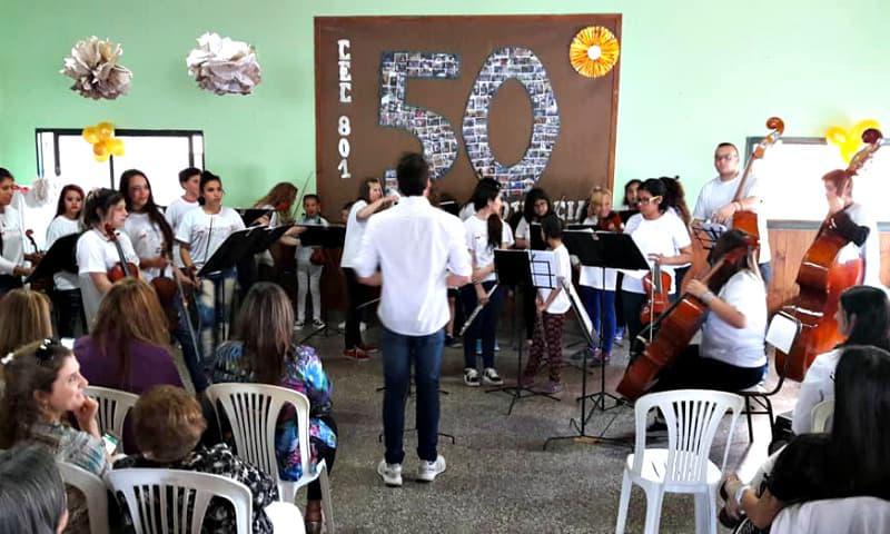 EL CEC 801 festejó su cumpleaños número 50
